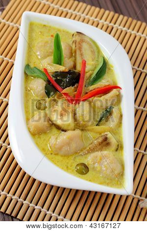 Fish Ball Green  Curry.