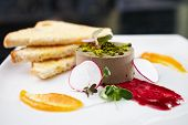 picture of canard  - Chicken liver pate with croutons and slices of radish - JPG