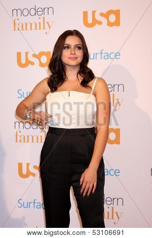 LOS ANGELES - OCT 28:  Ariel Winter at the Modern Family on USA Network Fan Appreciation Event at Village Theater on October 28, 2013 in Westwood, CA