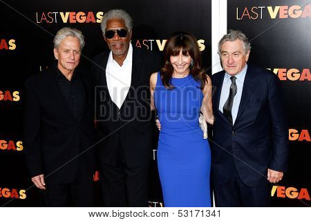 NEW YORK- OCT 29:  Michael Douglas (L) and cast attend the premiere of