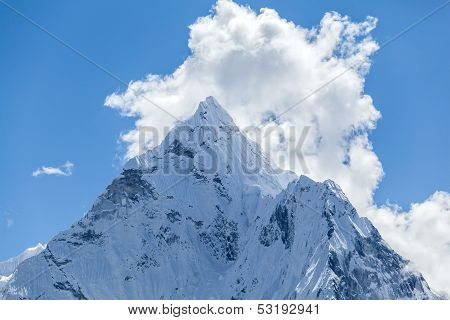 Mountain Peak, Mount Ama Dablam