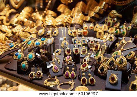 Jewelry market in Istanbul, Turkey