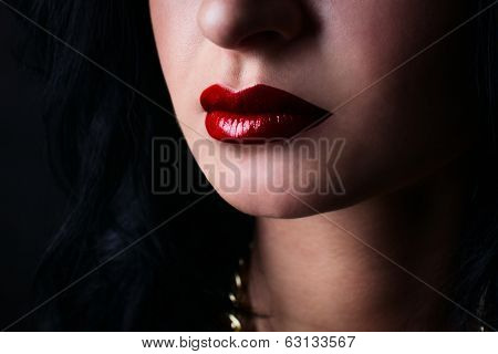 Red Lips Brunette. Fashion
