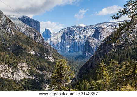 Yosemite Valley IV
