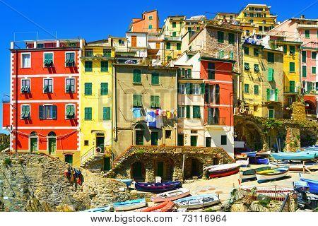 Riomaggiore Village Street, Boats And Houses. Cinque Terre, Ligury, Italy