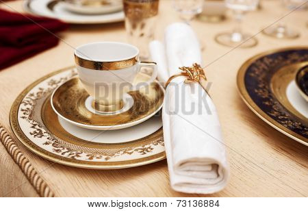 Set of fine bone porcelain dishware, toned