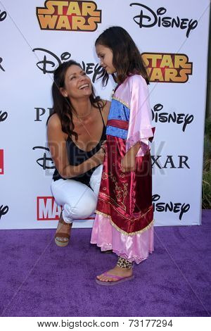 LOS ANGELES - OCT 1:  Constance Marie, Luna Marie Katich at the VIP Disney Halloween Event at Disney Consumer Product Pop Up Store on October 1, 2014 in Glendale, CA
