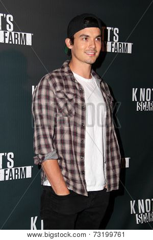 LOS ANGELES - OCT 3:  Tyler Blackburn at the Knott's Scary Farm Celebrity VIP Opening  at Knott's Berry Farm on October 3, 2014 in Buena Park, CA