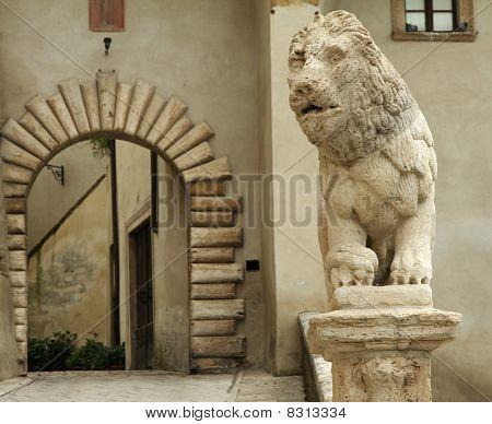 elegant entrnce, Tuscany