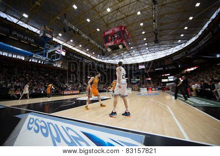 VALENCIA, SPAIN - FEBRUARY 15: All players during Spanish League match between Valencia Basket Club and Real Madrid at Fonteta Stadium on February 15, 2015 in Valencia, Spain