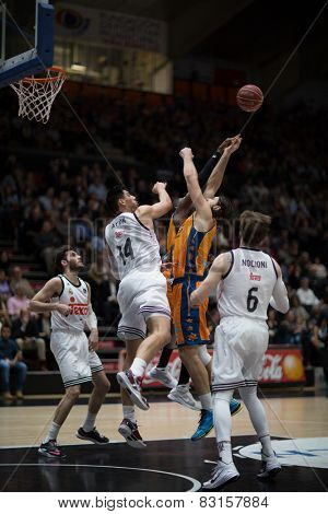 VALENCIA, SPAIN - FEBRUARY 15: Various players during Spanish League match between Valencia Basket Club and Real Madrid at Fonteta Stadium on February 15, 2015 in Valencia, Spain