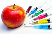 picture of modifier  - Injection into red apple  - JPG
