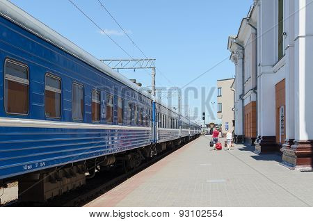 Passenger Train On Station Gomel - Passenger, Belarus
