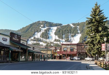 Streets Of Jackson Hole With Ski Slopes At Background