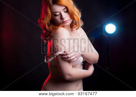 Sexu Overweight Woman Taking Off Her Bra