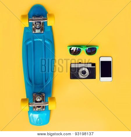 burberry sunglasses blue  blue skateboard, green