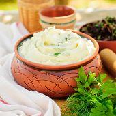 image of mashed potatoes  - Herbed Mashed Potato  - JPG