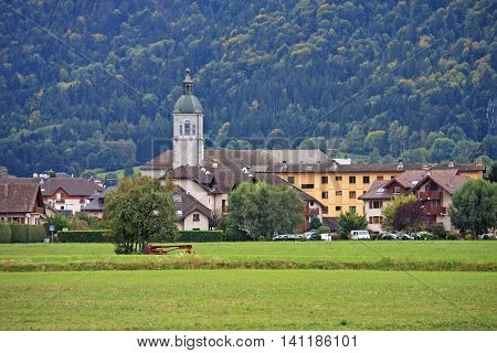 Church and village of Doussard in France