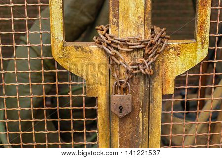 Retro Chain Locked Metal Mesh Door Rusty