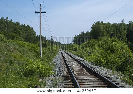The unelectrified railway line - a direct site of a way