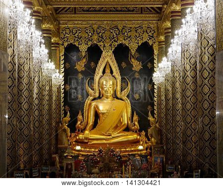 PHITSANULOK - JUNE 26,2016 : Phra Buddha Chinnarath is the most beautiful and the large gold buddha sculpture at Wat Prasrimahathad, Phitsanulok, Thialand