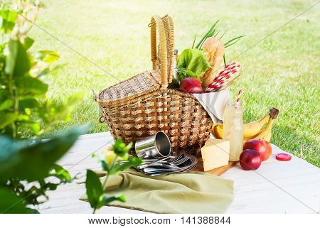 Picnic Wattled Basket Setting Food Drink Summer