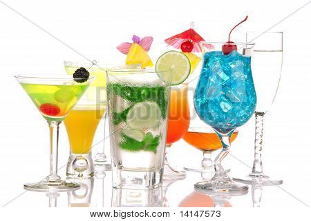Cócteles de Martini, Sunrise, Margarita, Malibu