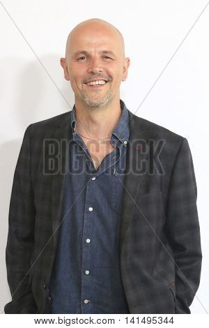 BEVERLY HILLS - AUG 5: Peter Carlton at the HULU Summer Press Tour 2016 at the Beverly Hills Hilton Hotel on August 5, 2016 in Beverly Hills, California