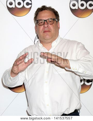 LOS ANGELES - AUG 4:  Jeff Garlin at the ABC TCA Summer 2016 Party at the Beverly Hilton Hotel on August 4, 2016 in Beverly Hills, CA