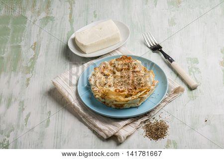 focaccia with carasau bread fresh cheese and oregano
