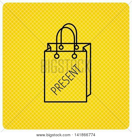 Present shopping bag icon. Gift handbag sign. Linear icon on orange background. Vector