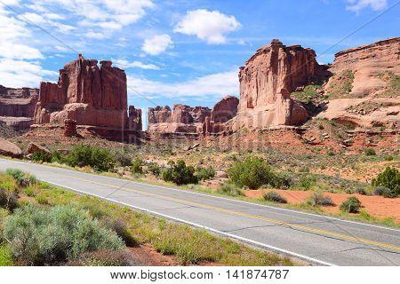 Drive through Arches National Park i Utah USA
