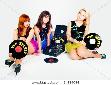 Three pretty girls with gramophone
