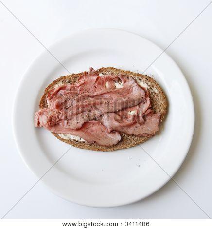 Sandwich With Roast Beef