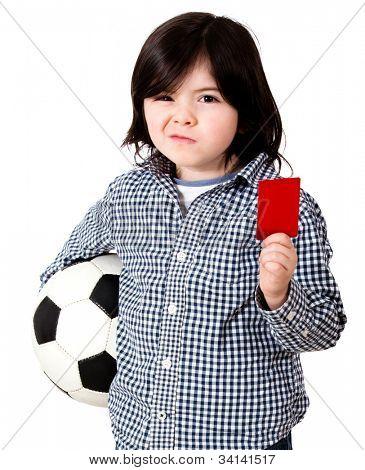 Jungen spielen Fußball mit eine rote Karte hintrgrund isoliert holding