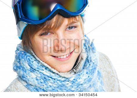Porträt des caucasian Teenager in Ski tragen