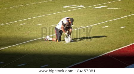 Maryland Football Player Takes A Knee