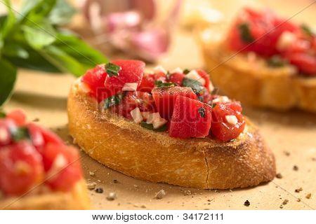 Bruschetta with Tomato and Garlic
