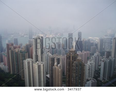 Cloudy Day Hong Kong1