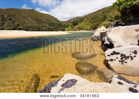 Granite boulders in Abel Tasman NP, New Zealand