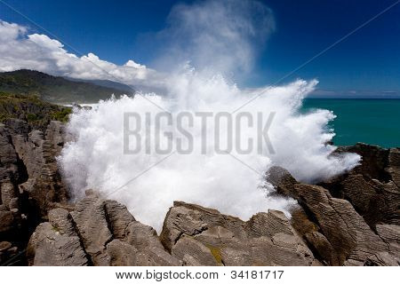 Exploding surf at Pancake Rocks of Punakaiki, NZ