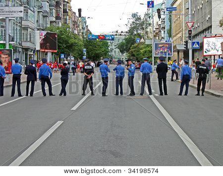 Ukrainian police cordon in Kiev control the street on June 15, 2012 in Kiev, UKRAINE