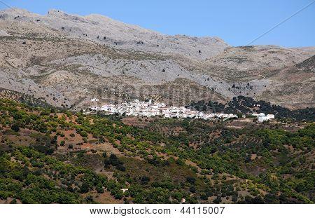 White village in mountains, Parauta, Spain.