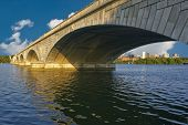 picture of rosslyn  - ARLINGTON MEMORIAL BRIDGE WITH VIEW OF ROSSLYN VIRGINIA IN BACKGROUND - JPG