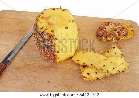 Peeling Pineapple