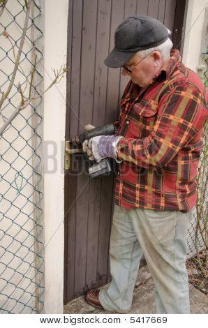 Senior Fix Door
