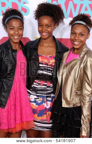 LOS ANGELES - NOV 17:  Identity 4 Pop at the TeenNick Halo Awards at Hollywood Palladium on November 17, 2013 in Los Angeles, CA