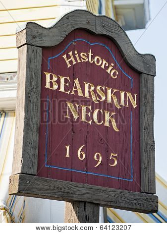 Bearskin Neck Welcome Sign