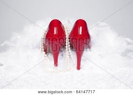 Sexy Red Pumps With Pearls And Boa
