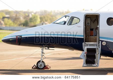Raytheon 390 Premier 1A business aircraft on the parking